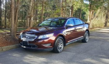 Cinnamon Metallic 2010 Ford Taurus Limited // Heated & Cooled Leather