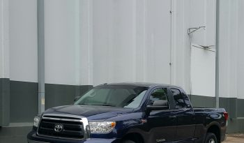 Nautical Blue 2010 Toyota Tundra Double Cab // V8 // 4×4 //Tow Package